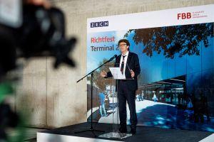 Flughafen BER feiert Richtfest für Terminal 2