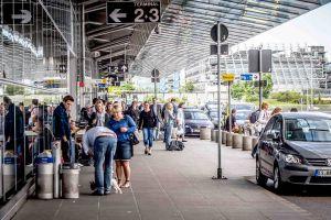 App entspannt Parkplatzsuche an großen Airports