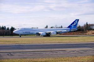 Qantas bekommt erste B747-8F