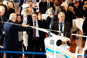 Luft- und Raumfahrtkongress: Wie Luftfahrt steuern?