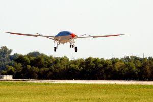 Erstflug erfolgreich für Tankerdrohne MQ-25