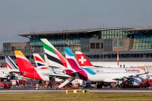 Ferienwelle: Fliegen ab Hamburg vorbereiten