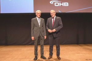 Karl-Heinz Horstmann für Laminarforschung geehrt