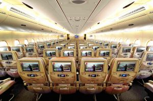 Emirates fliegt mit A380 drei Klassen nach Kairo