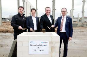 Grundstein für neue Luftfrachthalle am Fraport
