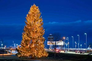 Weihnachtlicher Empfang am Flughafen München