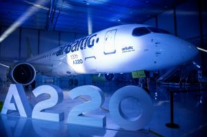 Airbus in Kanada feiert 100. A220 Jet