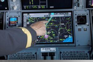 Airbus A350 XWB mit Touchscreen im Cockpit