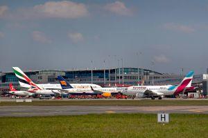 Hamburg hält Zahl der Flugpassagiere stabil
