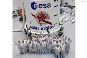 Solar Orbiter in der Raketenspitze