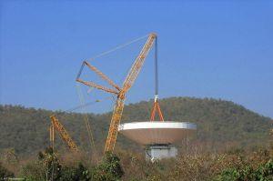 Big Lift für Radioteleskop von MT Mechatronics