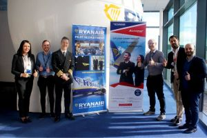 Ryanair startet Pilotenausbildung mit Aviomar in Rom