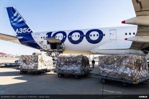 Airbus lässt A350-1000 Masken aus China holen