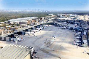 Messflüge fürs ILS des Flughafens Frankfurt am Tag