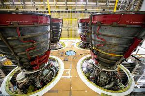 NASA lässt weitere Triebwerke für Rakete SLS bauen