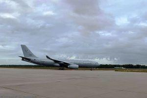 Eurofighter der Luftwaffe tanken am A330 MRTT der Nato