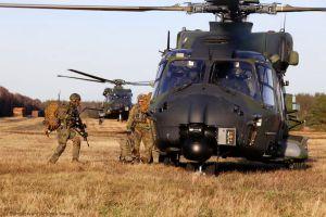 Einstieg bei Hot Load: Übung der Fallschirmjäger