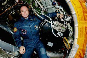 20 Jahre Forschung an Plasma auf der Raumstation