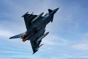 Eurofighter scannt Lage über Katastrophengebiet