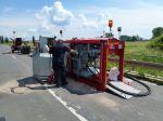 Fraports Flughafenfeuerwehr hilft gegen Elbhochwasser