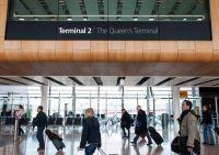 Queen Elizabeth II. als Namensgeberin für Star Alliance-Terminal