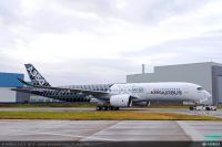 Roll-Out im Kohlefaser-Look: Passagier-Airbus A350 XWB