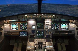 Assistenzssystem für Piloten: Test im DLR-Simulator erfolgreich