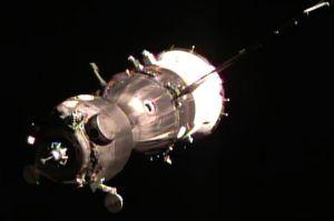 Sojus bringt Astronauten-Trio zur ISS