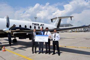 Twin Jet nimmt Verbindung Stuttgart – Lyon auf