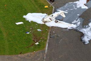 Absturz vor Landebahn in EDMB – Straße irritiert Pilot