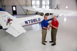 10.000. Cessna Skyhawk vom Werk in Independence