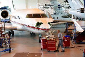 LBAS wartet Bombardier Challenger 350 Jet für IJM