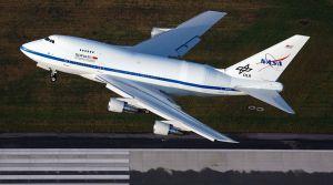 Boeing 747SP mit Flugzeug-Teleskop SOFIA wieder fort