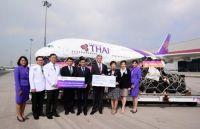 A380 bringt medizinische Ausrüstung mit nach Thailand