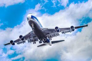 Antonov-124-100 der Volga Dnepr fliegt für Boeing