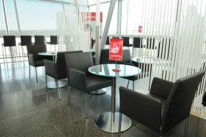 Exklusiver Wartebereich von airberlin am Flughafen Stuttgart