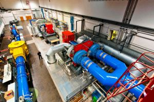 DLR weiht modernen Prüfstand für Turbinen ein