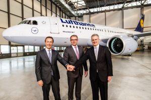 Airbus liefert erste A320neo an Lufthansa aus