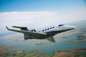Phenom 300 führt bei Auslieferungen von Business Jets 2015