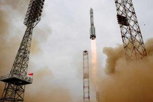 ExoMars sendet Signale auf dem Weg zum nächsten Planeten