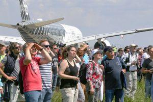 ILA am Wochenende mit Sonne für Hersteller, Agenturen und Besucher