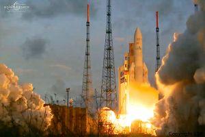 Ariane 5 mit neuem Nutzlastrekord ins All