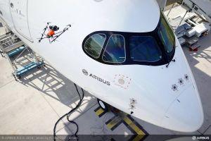 Airbus lässt Flugzeuge von Drohnen inspizieren