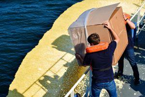 Technik in der Luft zur Überwachung der Meere