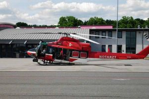 Falsch lackiert: Hubschrauber knickt nach Betankung ein