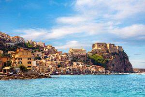 Italien mit Reisezielen prominent im Condor-Flugplan