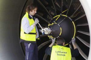 B737-Triebwerkswäsche für Qantas in Melbourne