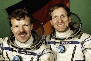 Kosmonaut Klaus-Dietrich Flade vor 25 Jahren auf der Mir