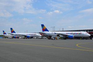 Drei Flugzeuge der Small Planet Airlines für acht Ziele am PAD