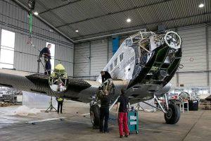 Ju52 fliegt um die Förde zur Kieler Woche